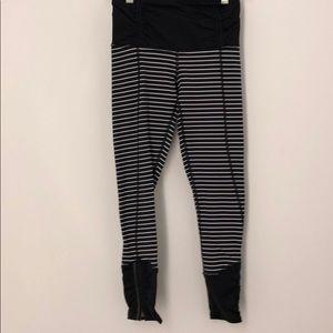 Lululemon black leggings w/ white stripes sz 2